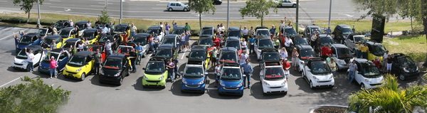 47 smart cars gather in clearwater, fla